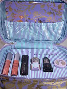 Tarte Bon Voyage Collectors Set Travel Bag