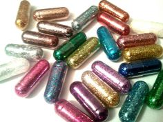 Item for sale is a pack of 10 Glitter Pills. Capsule size 0, filled with non-toxic glitter. This item is not meant for consumption. This item is