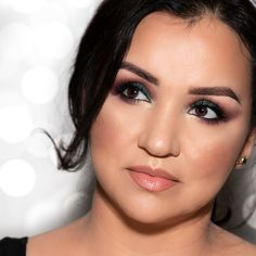 Motives by Loren Ridinger is a trusted name in makeup, skin care, and body care. Shop securely online for your favorite cosmetics and beauty products. Glam Makeup Look, Makeup Looks, Party Eyes, Cat Eyeliner, Flat Brush, Lower Lashes, Perfect Eyes, Gold Eyes, Holiday Makeup