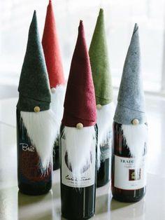 Weinflaschen zu Weihnachten - Witze Zwerge mit Bärten