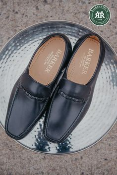 Barker Grayson is new to the Moccasin Collection for Spring Summer 2020.  #moccasins #barkershoes #barkermoccasin #robinsonsshoes Leather Loafer Shoes, Loafers Men, Smart Dress Code, Shoe Horn, Shoe Tree, Or Antique, Types Of Shoes, New Shoes, Comfortable Shoes