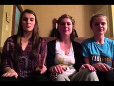 ▶ Mexico 2013 Hand clapping game - YouTube  Perfect for Lev!