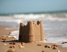 Two grown men arrested fighting over SandCastle on beach
