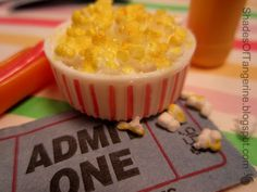 Popcorn SWAP - Miniature Popcorn Bucket (DIY) | Shades of Tangerine
