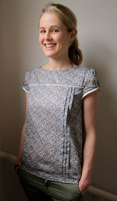 [Pattern variation] Lauren's version of the Tilly Mathilde Blouse! | Guthrie & Ghani