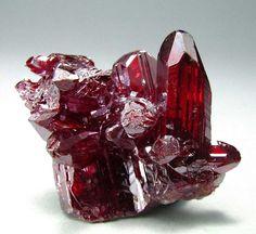 Minerals And Gemstones, Rocks And Minerals, Crystals And Gemstones, Stones And Crystals, Gem Stones, Cool Rocks, Beautiful Rocks, Mineral Stone, Rocks And Gems
