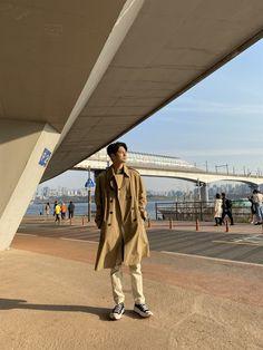 Ong Seung Woo, Cha Eun Woo, Seong, Lee Min Ho, Korean Girl, Ulzzang, Duster Coat, Khaki Pants, Boyfriend