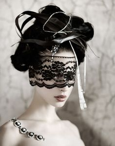 Like using regular lace on it's own as a mask. Veil attached to mask? Under mask, down to collarbone or sternum? Clown Maske, Lace Mask, Beautiful Mask, Gorgeous Hair, Masquerade Party, Masquerade Masks, Mascarade Mask, Venetian Masquerade, Venetian Masks