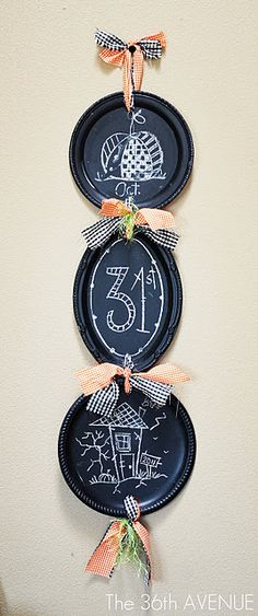 Turn dollar store silver platters into chalkboards for a cute decoration. Site shows a tutorial for Halloween theme, but could do any holiday or occasion.