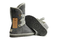 Ugg Roxy Short Grey-Uggs 5828 Boots. Oh heck to the yes I need these. Super cute.