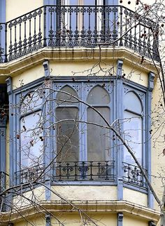 Barcelona - Enric Granados 113 c by Arnim Schulz, via Flickr