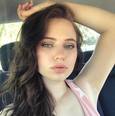 Sierra Mccormick, 4th Of July Photos, Non Blondes, Joey King, Thing 1, Female Actresses, Young Actresses, Sexy Teens, Brunette Girl
