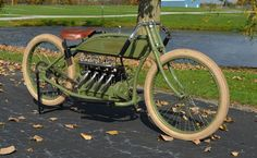 Vintage Motorcycles Muscle 1917 Henderson Four Cylinder Board Track Racer Vintage Indian Motorcycles, Antique Motorcycles, American Motorcycles, Cars Motorcycles, Motorcycle Engine, Motorcycle Style, Motorcycle Design, Vintage Cycles, Vintage Bikes