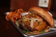 O' Burgers.  Bill's burger. Munster Public House Monterrey y Querétaro.