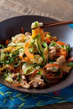 Chicken and Vegetable Noodle Stir Fry. Super healthy and Simple!