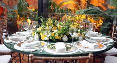 Yes Wedding - yellow table