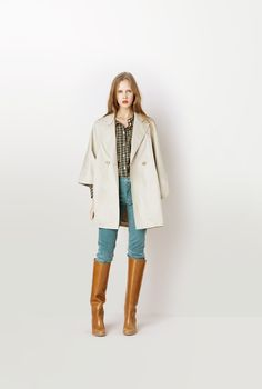 This jacket, (let alone the rest of this outfit), is pretty beautiful.  I love the shape and simplicity of it.