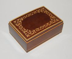 Check out this item in my Etsy shop https://www.etsy.com/listing/257606488/italy-reuge-inlaid-wood-music-box-plays