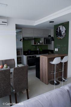 Apartamento pequeno/mobiliário