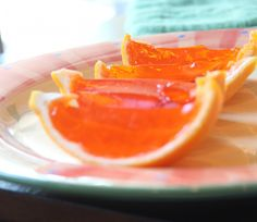 Fireball Jello Shots - delicious and easy to make! Orange & Cinnamon-Spice never tasted so good! Fireball Whiskey Drinks, Fireball Jello Shots, Lemonade Jello Shots, Jello Pudding Shots, Cherry Lemonade, Fireball Recipes, Jello Shot Recipes, Smoothie Recipes, Party Recipes