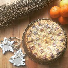 Oggi ho preparato un dolce che non avevo mai fatto: la pastiera napoletana. Sono super fiera del risultato e presto prestissimo posto la ricetta perché merita davvero!!!!!  . . #HOMEMADE e #MADEWITHLOVE  . . . . . . . #food #foodie #foods #foodstagram #foodnetwork #foodaddict #foodtruck #foodography #foodblogger #foodblog #fooddiary #foodpornography #laprovadelcuoco #igers #igersitalia #foodandwine #foodstyling #foodphoto #foodoftheday #foodshare #foodlovers #foodism #foodisfuel #foodiegram