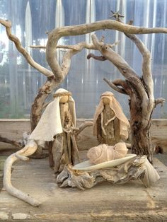 Driftwood nativity by Claire.I luv ALL dwood Xmas stuff. Beach Christmas, Coastal Christmas, Christmas Makes, Rustic Christmas, Christmas Art, Handmade Christmas, Christmas Holidays, Christmas Ornaments, Christmas Bells