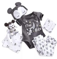 Mickey Mouse Layette Gift Set for Baby Cute Baby Boy, Baby Love, Cute Babies, Baby Kids, Trendy Baby Clothes, Disney Baby Clothes Boy, Baby Boy Newborn, Baby Layette, Baby Boy Fashion