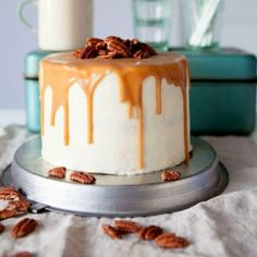 Walnuts are delicious nuts, but walnut cakes drive you nuts with their deliciousness! Order cakes on http://www.indiacakes.com/