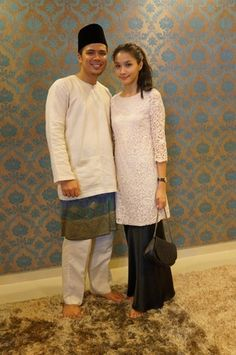 lace dress + maxi skirt = eid's speedy baju kurung!