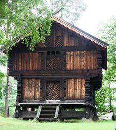 Storehouse (stabbur) with loft; Norsk Folkemuseum, Oslo