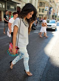 jeans + purse + necklace.