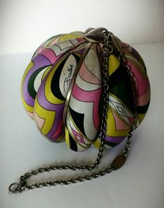 Emilio Pucci vintage purse. Please leave a comment or send me a message. Would love to know, everything about this purse.