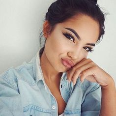 Here are 60 back to school make up looks for your inspiration Kiss Makeup, Love Makeup, Makeup Inspo, Makeup Inspiration, Hair Makeup, Pretty Makeup, All Things Beauty, Beauty Make Up, Hair Beauty