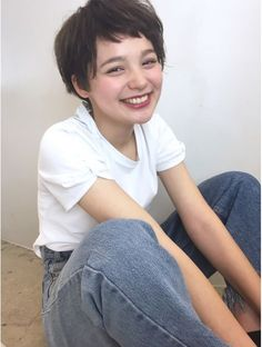 Blues (blues) blues travail occasionnel naturel style court - Magic of Asian Inspiration - cheveux Tomboy Hairstyles, Pixie Haircut, Hairstyles Haircuts, Pretty Hairstyles, Girl Short Hair, Short Hair Cuts, Love Hair, My Hair, Hair Inspo