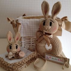 ༺༺༺♥Elles♥Heart♥Loves♥༺༺༺ ........♥Crochet Amigurumi♥........ #Amigurumi #Patterns #Crochet #Softies #Childrens #Toys #Handmade #Teddy #Doll #Tutorial #Patterns #Collectable~ ♥Beautiful Crochet Work By El Gancho De Lola Bunny Collection
