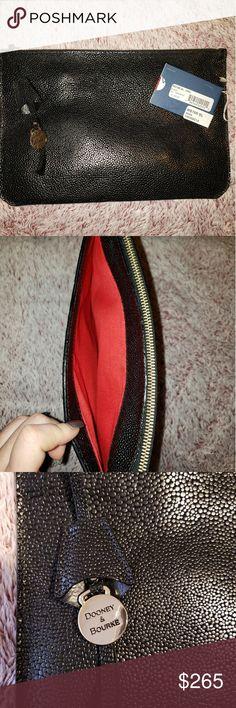 ⬇️🔴SALE🔴⬇️ Dooney & Bourke Leather Clutch🎉 Dooney & Bourke Leather 'Anna' Clutch   Gorgeous red interior w/ zipper pocket  Outside of clutch has a slit pocket shown in 2nd pic Dooney & Bourke Bags