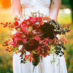 dark pink, burgundy, and red autumn bouquet