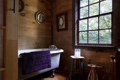 rustic bathroom, the tivoli barn, kid & co holiday rental