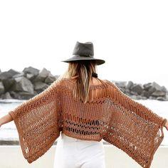 Yes, that's crochet ✨ Tie Dye Crafts, Knitting Kits, Yarn Ball, Tie Dye Patterns, Cotton Sweater, Cotton Kimono, Crochet Clothes, Knit Crochet, Crochet Pattern