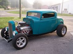 This Deuce Coupe is the best colour ever. And pretty much beautiful in all over ways!!