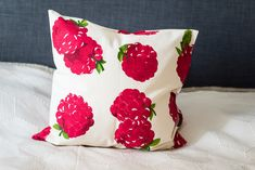 Throw pillow cover, raspberry pillow cover, decorative pillow case, accent pillow cover, berries pillow cover, home decor by Stitchingnoob on Etsy