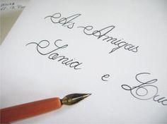 Sr. e Sra. ou apenas os nomes dos convidados nos convites? Nesse post explicamos com detalhes como escolher o endereçamento (ou tratamento) ideal para seu estilo de casamento.