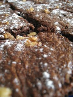 Fudge brownie con nueces y chocolate blanco