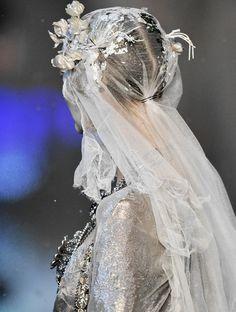 John Galliano Fall 2009;  #couture; #fashion; #high fashion