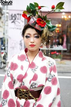Harajuku - I love her headdress...especially the can.