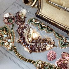 #процесс #exclusive #oneofakind #handembroidery #вышивка #люневильскаявышивка #lunevilleembroidery #couture #coutureembroidery #авторскаяработа #handmade #swarovski #ручнаяработа #hautecouture #jewelry #process #embroidery  #juliavysokova