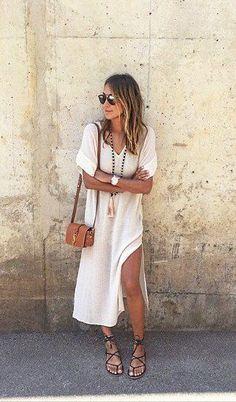 Il trend boho torna più che mai per l'estate 2016 nei toni del bianco e del cuoio, una combinazione intramontabile sempre di tendenza - non lasciarti scappare i nostri nuovi arrivi, acquista il tuo look nel nostro online store!