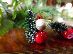 Vintage Wooden Santas With Brush Tree Ornament Made In Italy