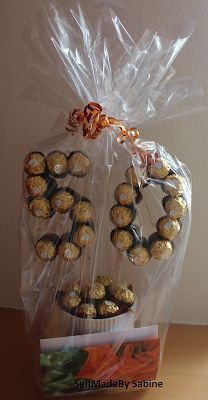 SelfMadeby Sabine: Ferrero Rocher Geburtstagsüberraschung - New Sites 50th Birthday Party Games, 50th Birthday Gifts, Birthday Gifts For Women, 60th Birthday, Birthday Decorations, Birthday Cards, Cotton Anniversary Gifts, Free Birthday, Surprise Birthday