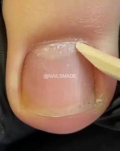 Nail Art Hacks, Nail Art Diy, Diy Nails, Acrylic Toe Nails, Pretty Toe Nails, Nail Techniques, Nagellack Design, Nail Art Designs Videos, Cute Acrylic Nail Designs